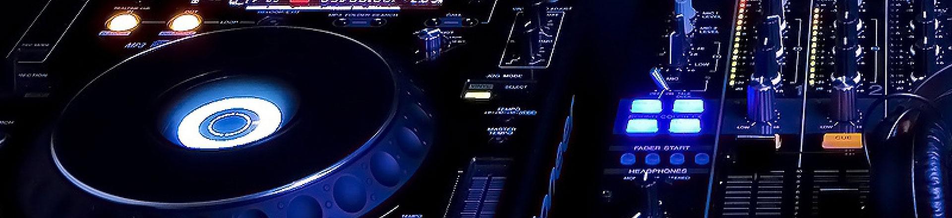 DJ, Sound and Lighting Service
